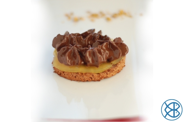 Tarte orange verveine citronnée, mousse au chocolat légère